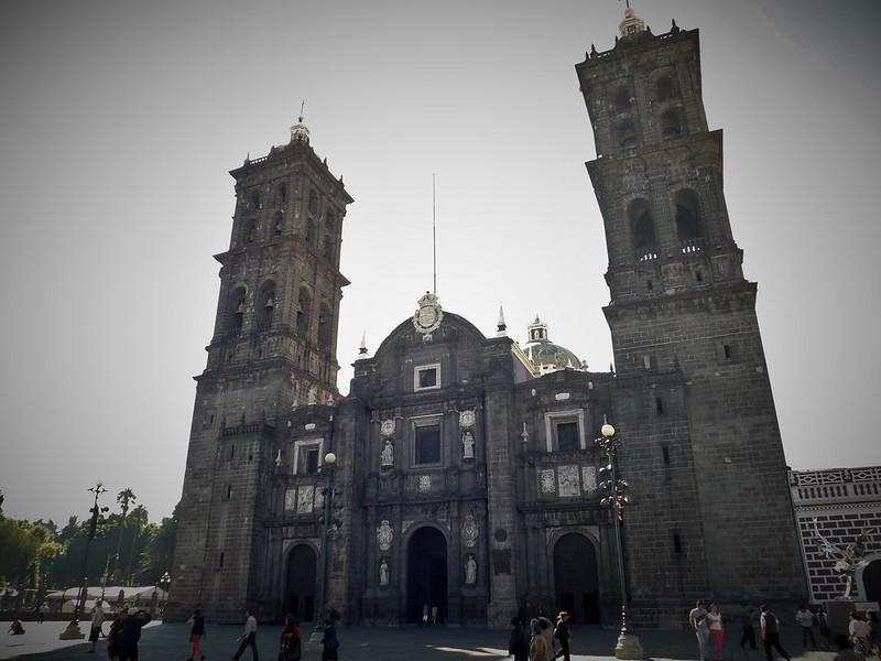 Monumental facade of a cathedral in Puebla. Catedral de Puebla is one of the best things to see in Puebla.